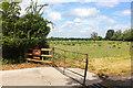 SU1491 : Longfield Farm by Wayland Smith