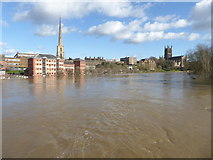 SO8454 : The River Severn in flood from Worcester Bridge by Chris Allen