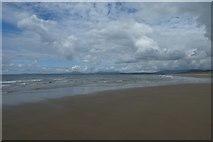 SH5630 : Receding tide by DS Pugh