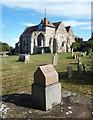 TQ9017 : Winchelsea Churchyard by Des Blenkinsopp