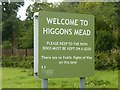 SK7053 : Welcome to Higgons Mead by Alan Murray-Rust