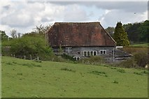 TQ5943 : Barn, Moat Farm by N Chadwick