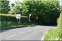 TQ6245 : Oak Green Rd, B2017 by N Chadwick