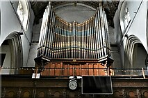 ST0207 : Cullompton, St. Andrew's Church: The organ by Michael Garlick