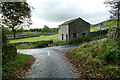SD9491 : Rare, unconverted barn above Askrigg by Andy Waddington