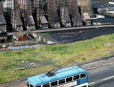 SE1634 : Bradford trolleybus 789 descending Bolton Road – 1971 by Michael J Uden