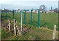 SU6481 : Footpath by the School Field by Des Blenkinsopp