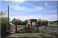TF2122 : Gated footpath by Bob Harvey