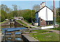 SO9768 : Lock keepers cottage along the Worcester and Birmingham Canal by Mat Fascione