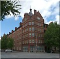 SJ8498 : Victoria Square by Gerald England