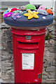 SX4953 : Postbox at Turnchapel by Stephen McKay