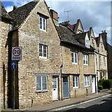 SP0202 : Cirencester houses [51] by Michael Dibb