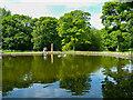 SE3028 : The Fish Pond, Middleton Park by Humphrey Bolton