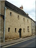 SP0202 : Cirencester houses [76] by Michael Dibb