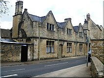 SP0202 : Cirencester houses [84] by Michael Dibb