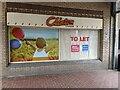 TF0920 : Empty shop by Bob Harvey