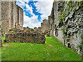 SE1287 : Middleham Castle by David Dixon