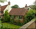 SK6845 : Framework knitters' workshop, Bridge Cottage, Caythorpe by Alan Murray-Rust