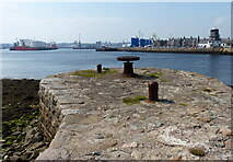 NJ9505 : Skates Nose Jetty on the River Dee at Aberdeen Harbour by Mat Fascione
