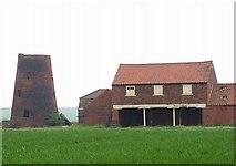 TA0609 : Mill Farm  Barnetby Le Wold by Pete burnett