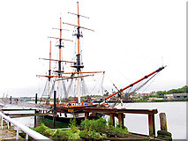 S7127 : Dunbrody Famine Ship (Replica) by Pam Brophy