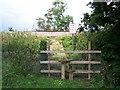 SO8948 : Foot crossing of railway, Wadborough by Bob Embleton