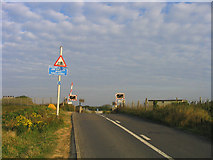 TQ6906 : Level Crossing, Cooden Beach, Sussex by John Winfield