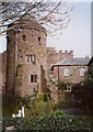 SS9512 : Tiverton Castle - The south-east tower by Humphrey Bolton