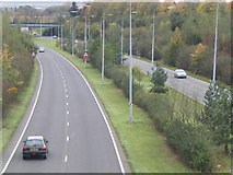 SU6252 : North West Ring Road Basingstoke by Simon and Alison Downham
