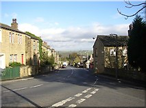 SE1321 : Top end of Tofts Grove, Rastrick by Humphrey Bolton