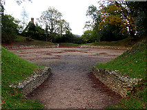 SU6462 : Entrance to the Amphitheatre at Calleva Silchester by Pam Brophy