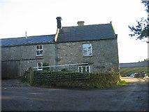 NY9058 : Low Ardley Farmhouse by Les Hull