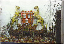 NJ9304 : Aberdeen Coat-of-Arms, Duthie Park. by Colin Smith