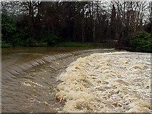 ST6668 : Keynsham Weir by Linda Bailey
