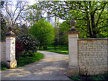 SP1106 : Gorgeous Gates by Pam Brophy