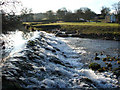 NY6216 : Weir at Maulds Meaburn by mauldy