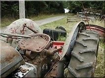 SE6691 : Farm Track to Common House by Mick Garratt
