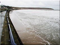 TA1280 : Filey Sea Front by Andy Beecroft