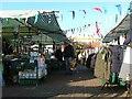 NZ5320 : South Bank Market by Mick Garratt