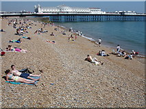 TQ3103 : Brighton Beach and Pier on Early June Saturday by jarzyn