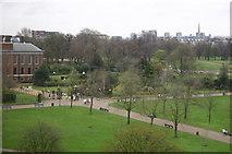 TQ2579 : Kensington Palace & Gardens by Alan Pennington