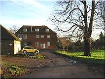 TR3156 : Farmhouse in Woodnesborough. by Nick Smith