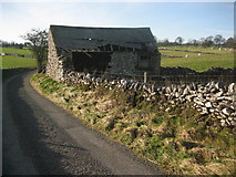 SK1862 : Derelict Barn by Roger Temple