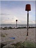 SZ1891 : Navigation markers on the end of Mudeford Spit by Jim Champion