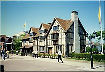 SP2055 : Shakespeare's Birthplace by Tom Pennington