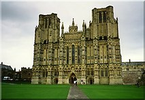 ST5545 : Wells Cathedral by Tom Pennington