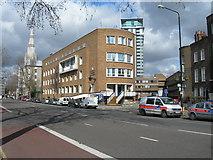 TQ3179 : Kennington Road, SE1 by Danny P Robinson