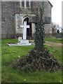 ST8221 : Cross, All Saints Churchyard by Maigheach-gheal