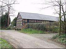 SJ3335 : Barn at Plas Wiggin by John Haynes