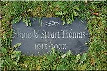 SH5638 : Carreg ar lwch R S Thomas - Stone on R S Thomas's ashes by Alan Fryer